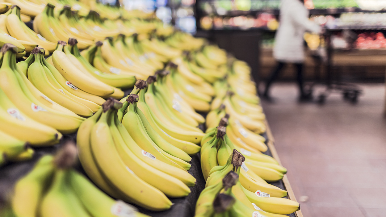 grocery-bananas-market-pure-living