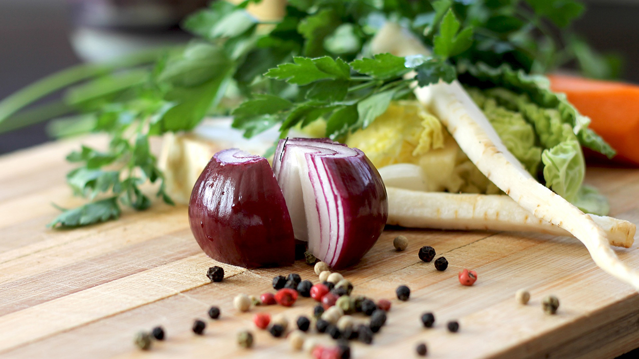 healthy-food-kitchen-pure-living